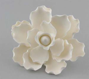 White Single Gardenia (9/box)