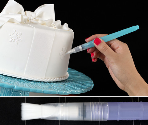 This flat brush tip is perfect for a more even 12mm wide application.  The larger brush surface is perfect when coloring larger areas with consistency.  This brush is also great for edible glue application for gluing fondant accents onto your fondant cake.  Simply fill the brush with water & a bit of CMC: fondant stabilizer & the glue is ready at all times.  Works best with Lustre & Petal Dusting Colors.